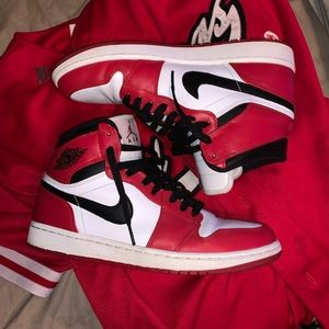 Air Jordan Retro 1 Chicago size 9.5